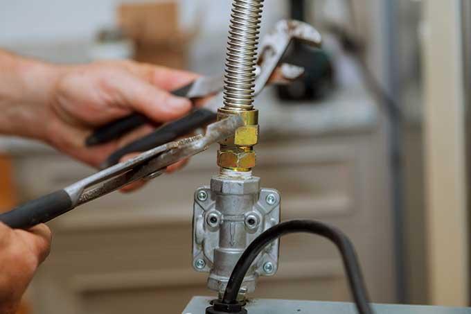 gas-line-repairs.jpg