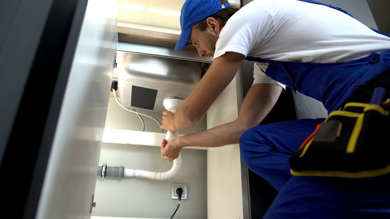 How-Can-Plumbing-Leaks-And-Blows-Clog-My-Pipes-1280x720.jpg