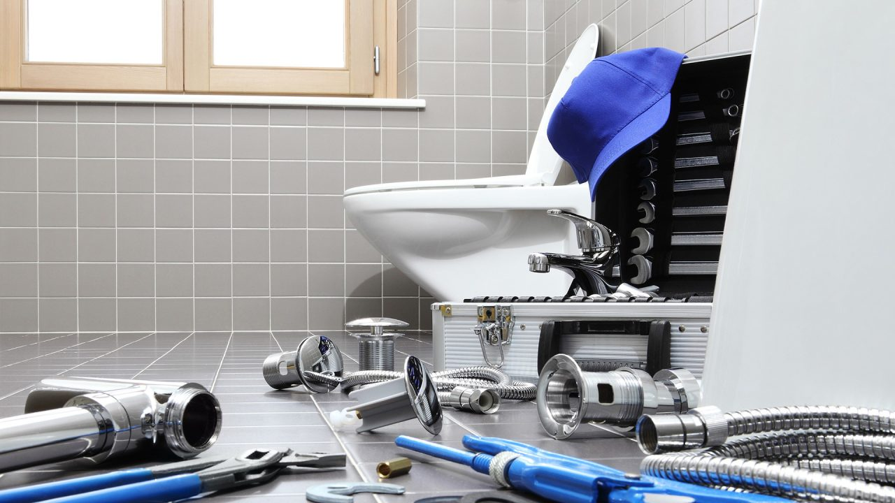 How-To-Install-A-Plumbing-System-For-Toilets-1280x720.jpg