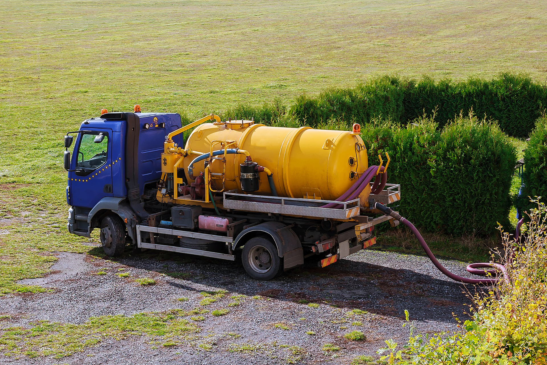 Ways-to-Pump-Your-Septic-Tank.jpg